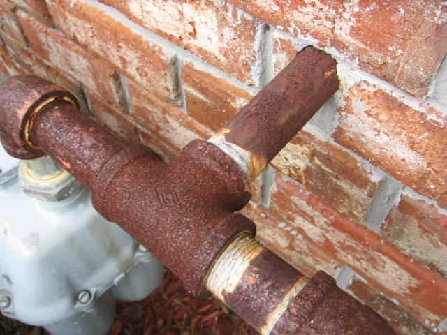 Natural Gas Lines And Propane LP Gas Lines Rust